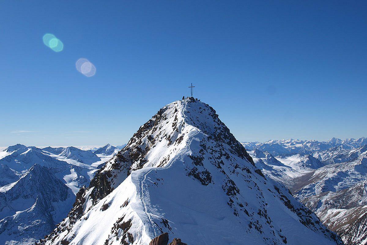 Around the Wildspitze